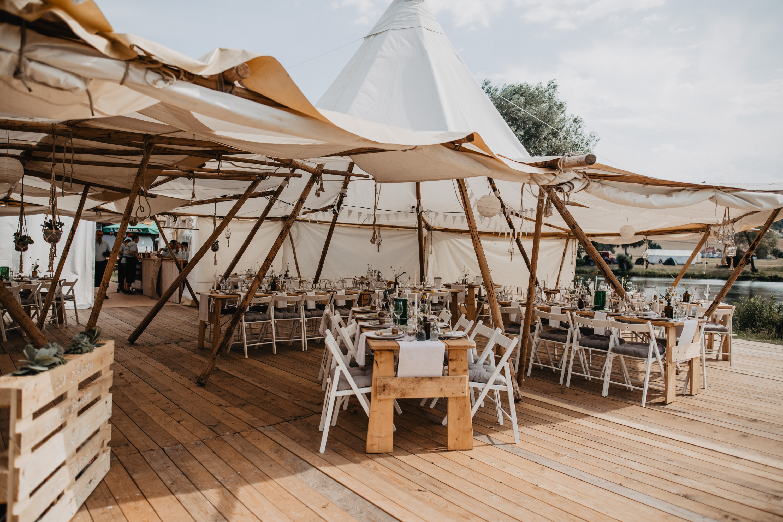 Hochzeitslocation Tipi Zelt am Schwanensee Rotenburg